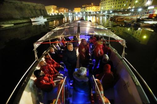 In barca sui Fossi livornesi 13YM