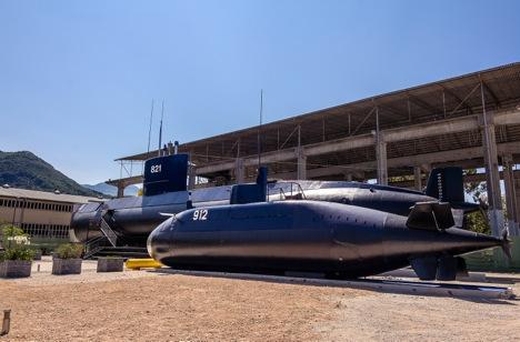 Podmornica P-821